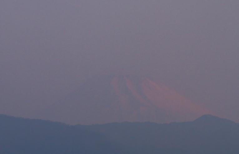 12日 6-07 今朝の富士山