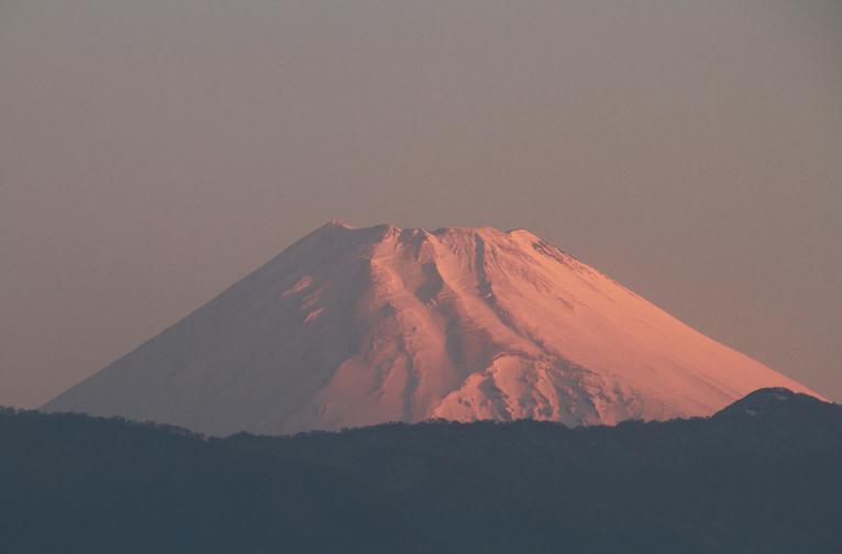 16日 6-01 今朝の富士山-1