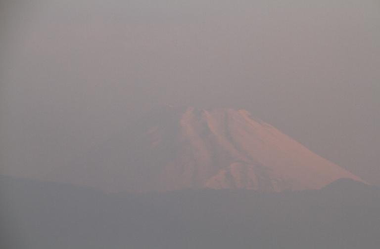 19日 6-05 今朝の富士山1-1