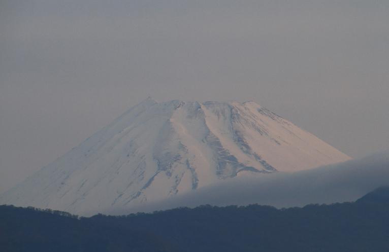 2日 5-47 今朝の富士山1-1