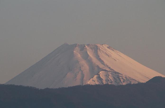 12日 5-35 今朝の富士山-1