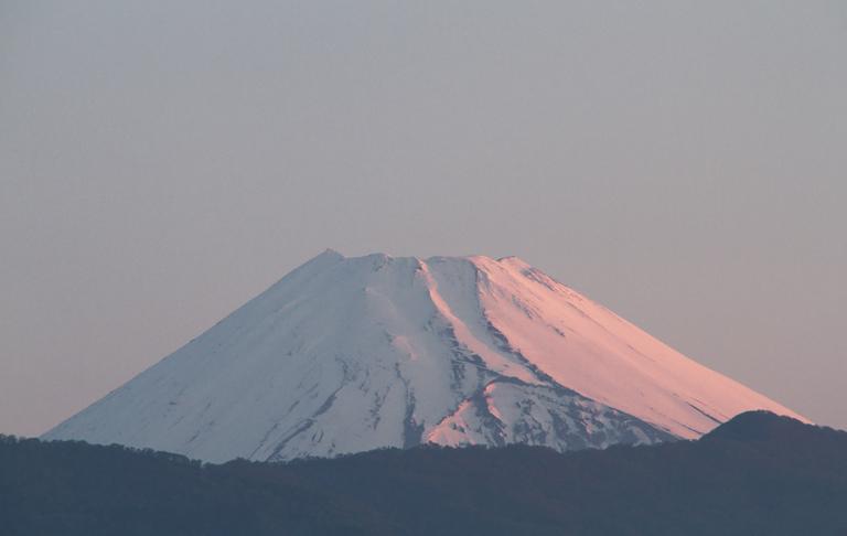 10日 4-51 今朝の富士山1