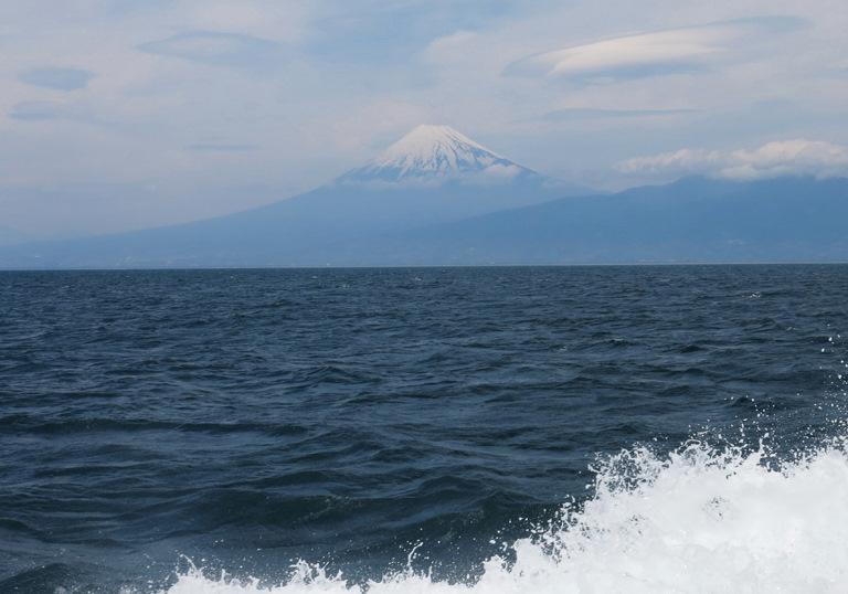 12日 11-38 駿河湾からの富士山-1-100