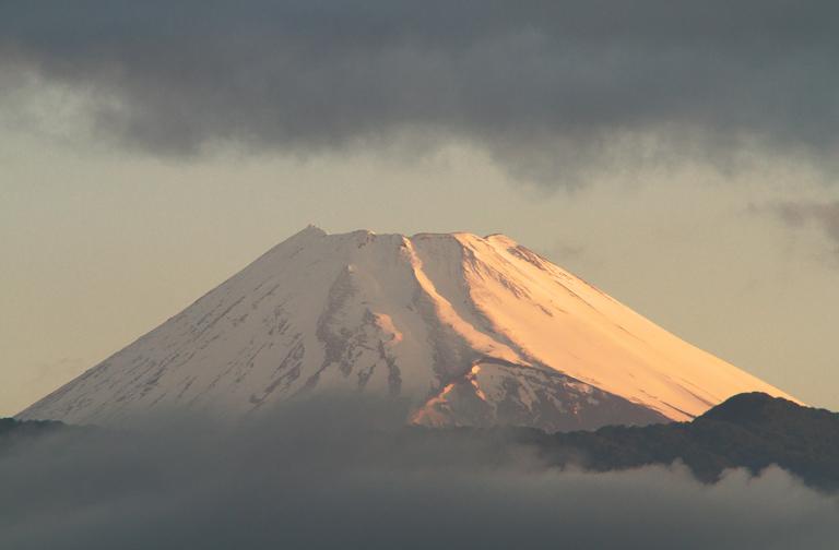 22日 4-50 今朝の富士山-2