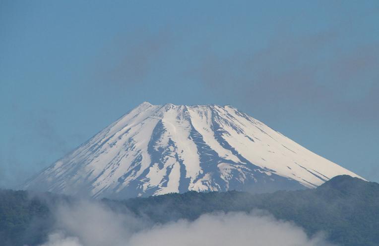27日 7-16 今朝の富士山-3