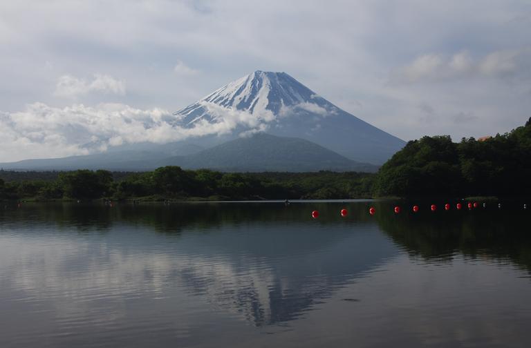 精進湖の富士山-946-1