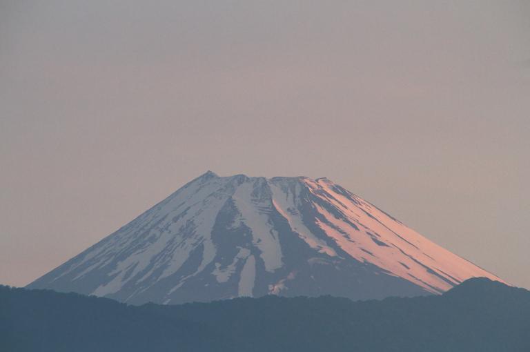 9日 4-37 今朝の富士山-2
