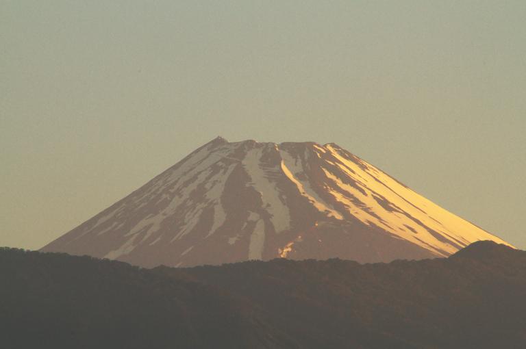 14日 4-49 今朝の富士山