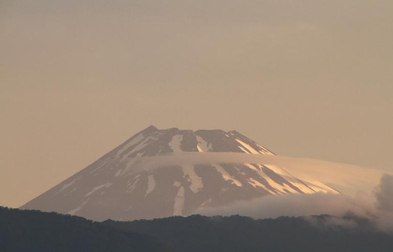 27日 4-50 今朝の富士山-1
