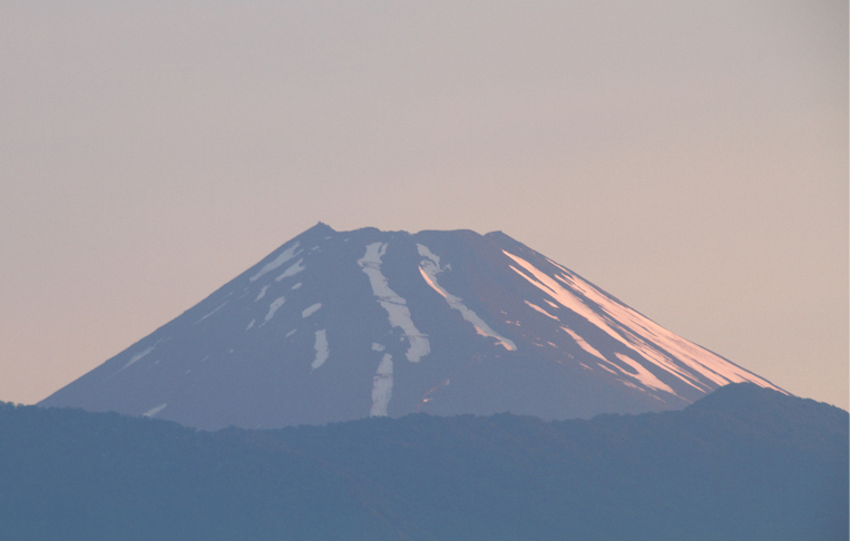 6日 4-44 今朝の富士山-6