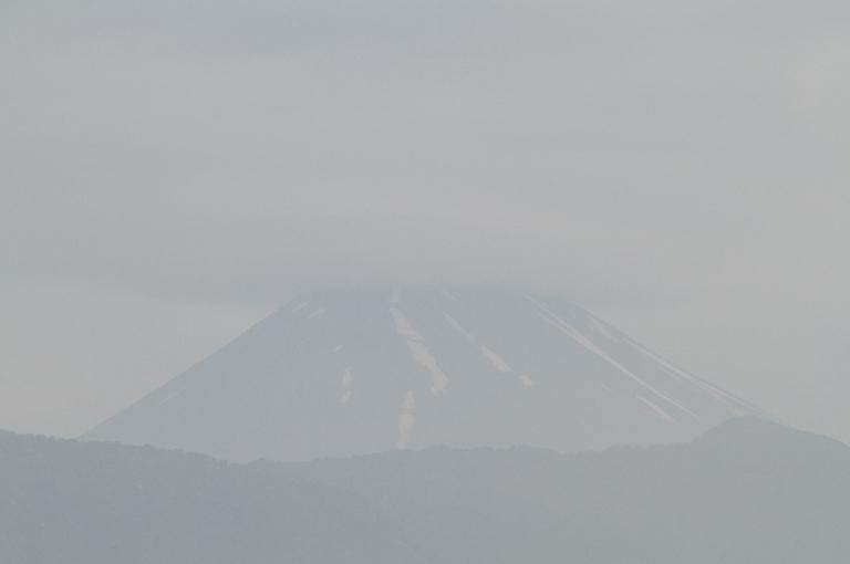 13日 5-04 今朝の富士山