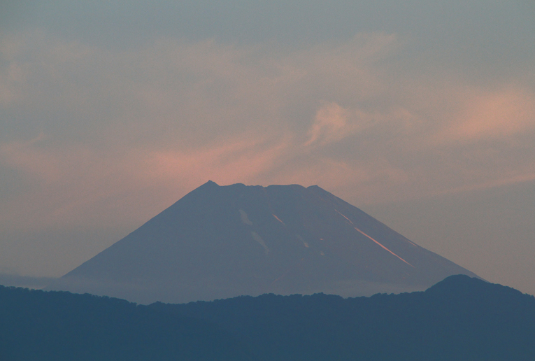 29日 5-02 今朝の富士山-1