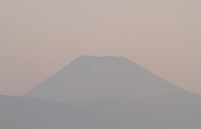 31日 4-51 今朝の富士山-2