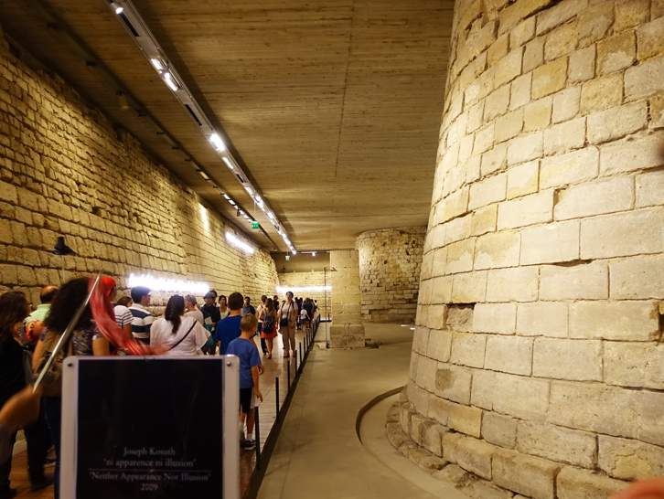 ルーブル宮殿の遺跡-727