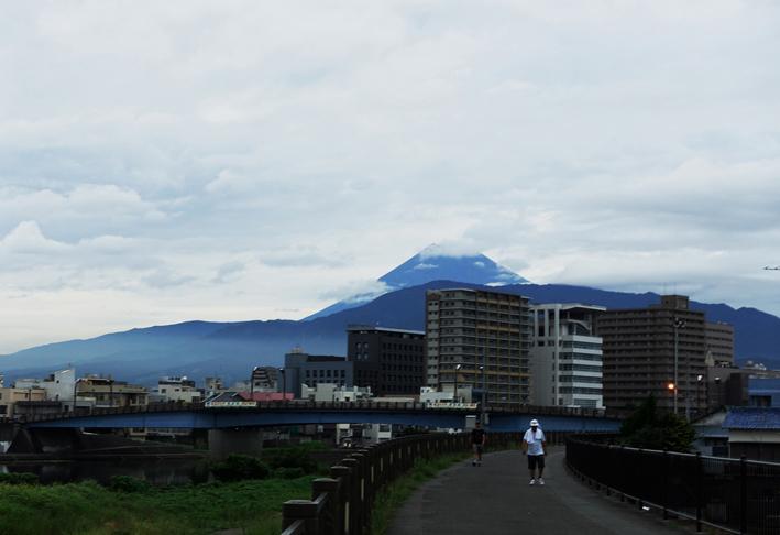 29日 5-52 今朝の富士山-6
