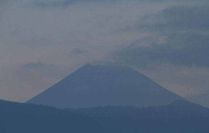 13日 5-31 今朝の富士山