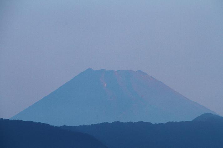 15日 5-27 今朝の富士山-2
