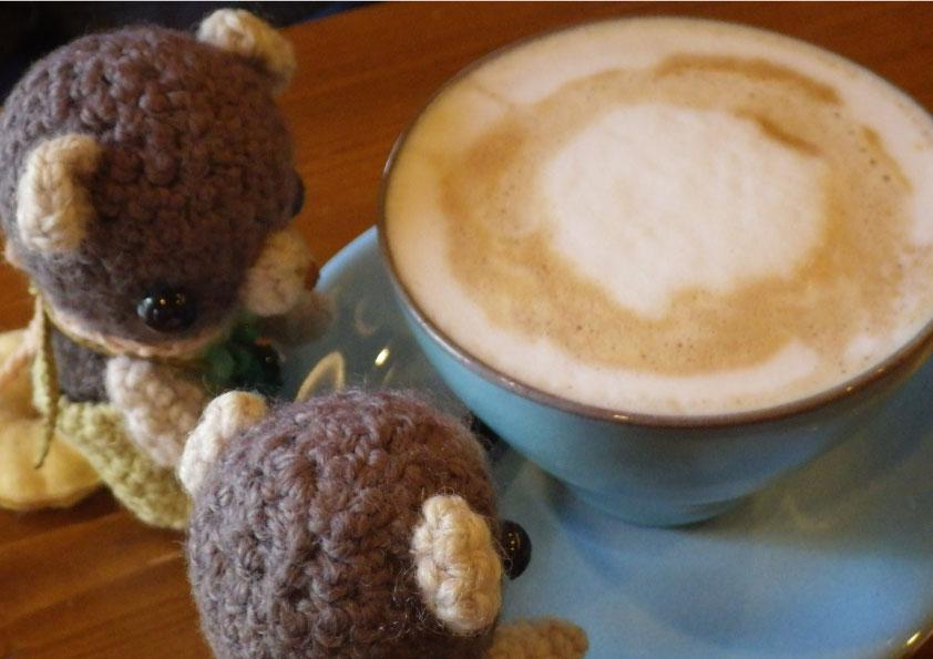 カフェ ストークにて。