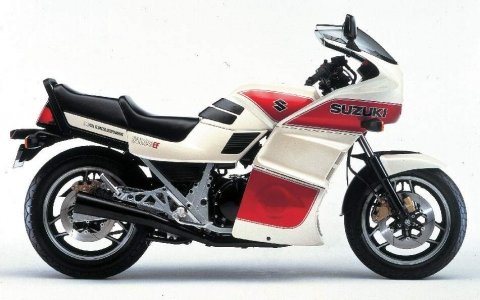 Suzuki GSX 1100EF 84 2