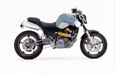 Yamaha-2003-MT03b.jpg