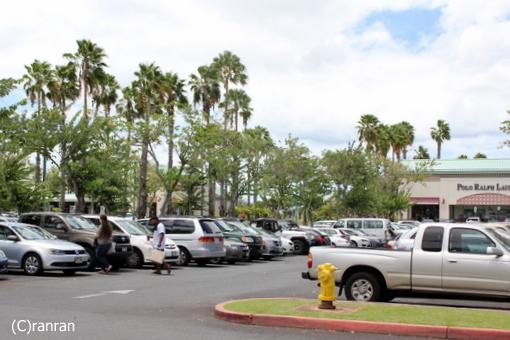 アウトレット駐車場