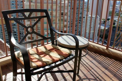 ラナイの椅子