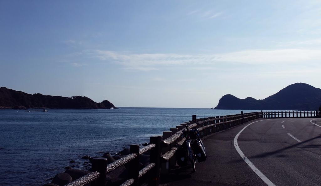 日向岬へと向かう