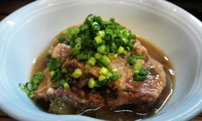 おかめ亭の豚のなんこつ味噌煮日南の絶品