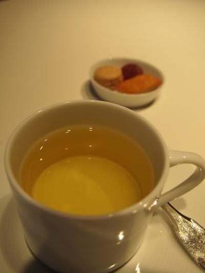 お茶(リューズ)