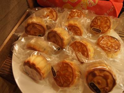 月餅(ロウロウカフェ)