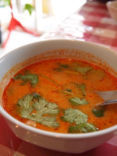 トムヤムスープ(パッポン亭)