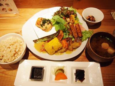 定食(たまな食堂)