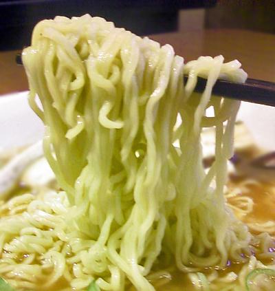 麺アップ3