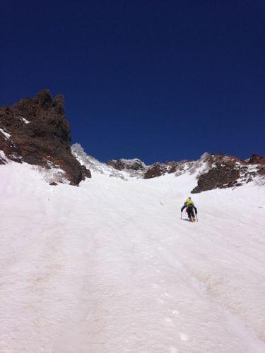 2くの字沢の雪渓