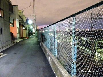 上中里駅と田端駅間の線路沿い(北区)