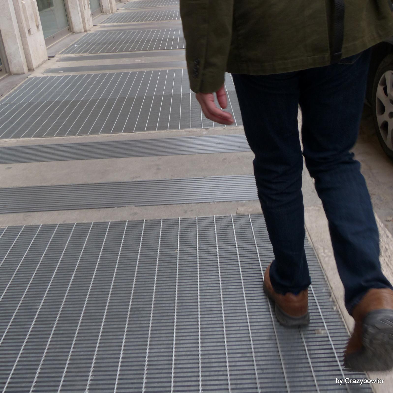 サン・ジョバンニ・イン・ラテラノ通りの暗渠蓋(ローマ)