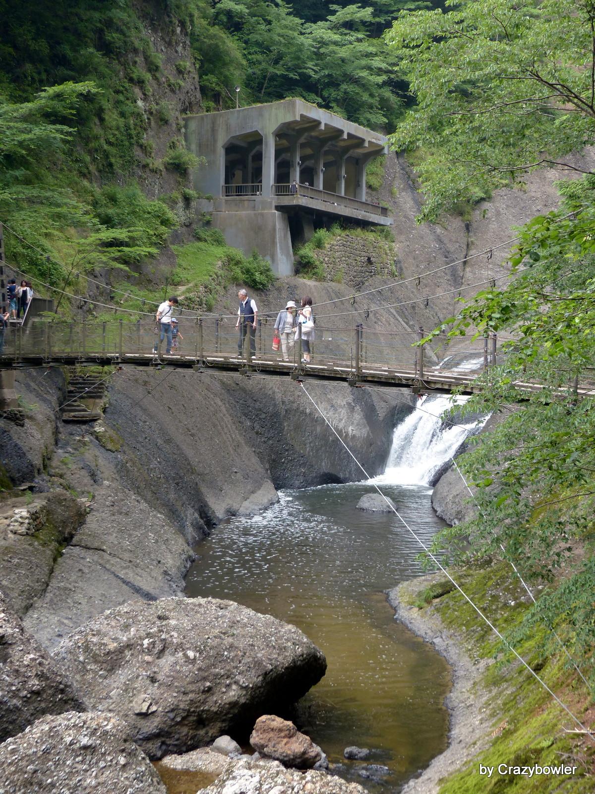 袋田の滝(吊り橋と観瀑台)