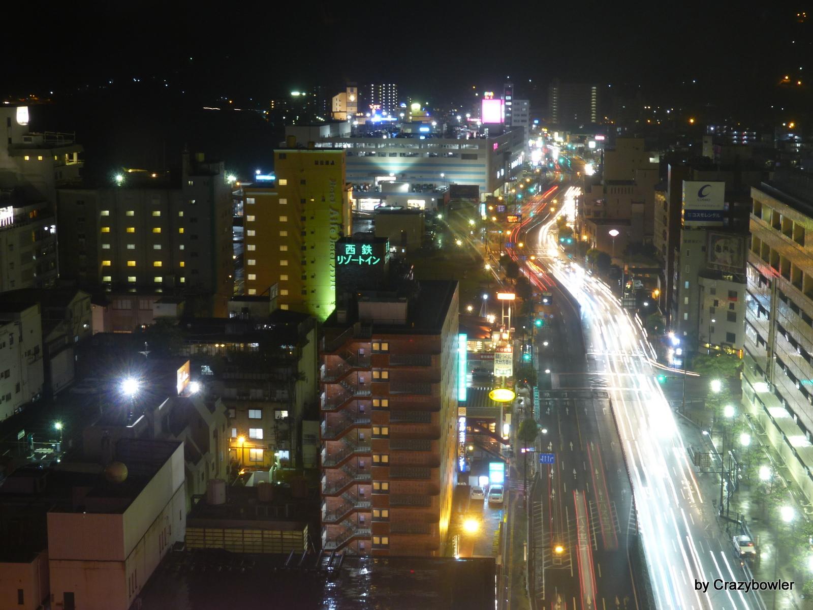 別府タワーから台風が近寄る街