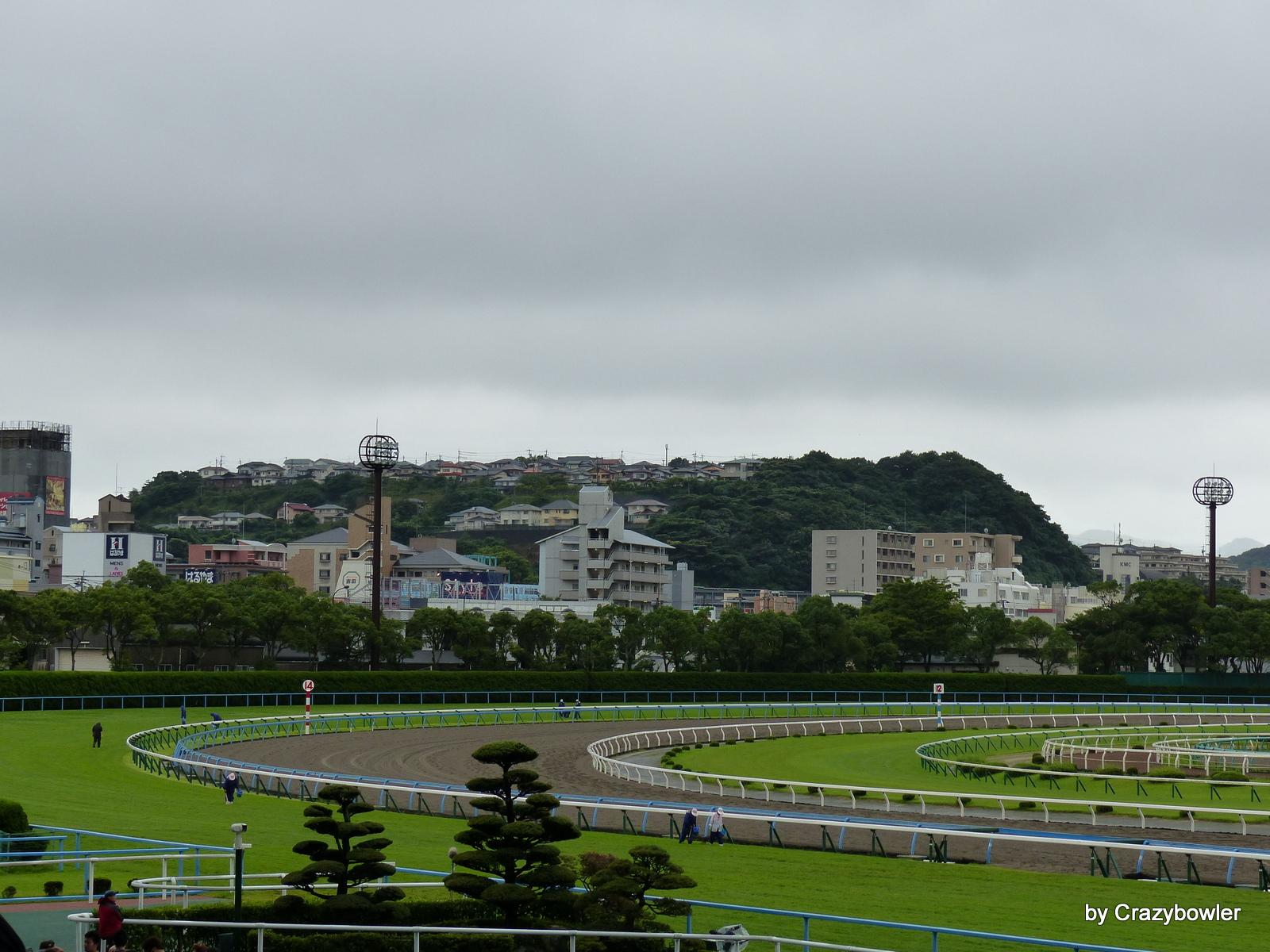 小倉競馬場から企救丘(北九州市)