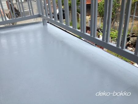 床 ペンキ塗り完成 201406