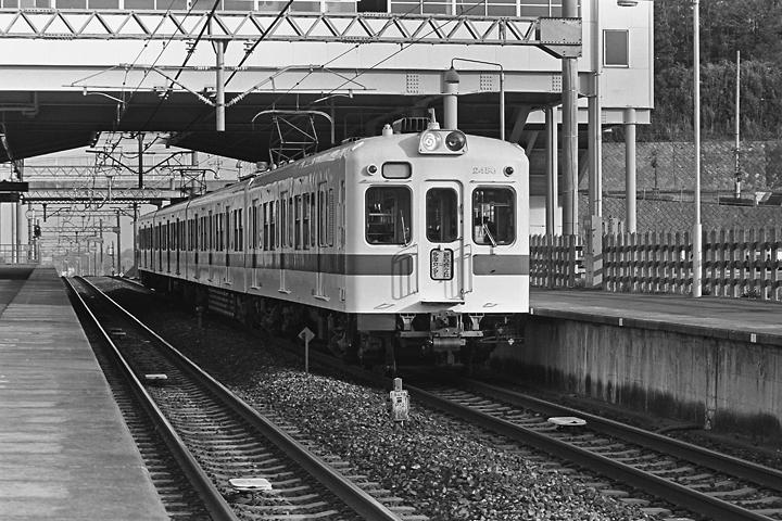 198504黒川_2400形_04