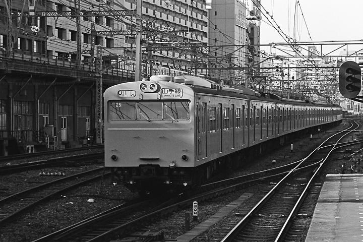 198512品川駅_山手線103系