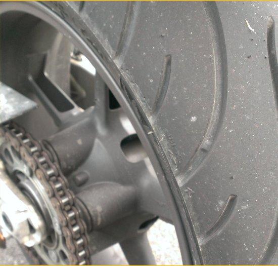 Rタイヤ交換990SD201404