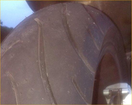 Rタイヤ交換990SD201401