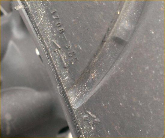 Rタイヤ交換990SD201406