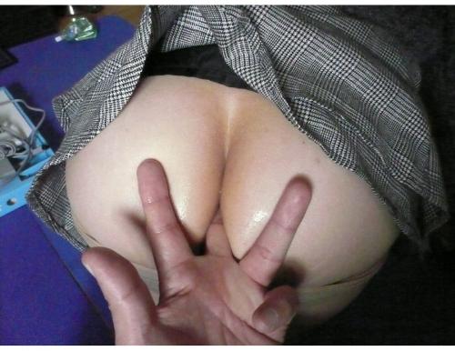 手マン エロ画像 15