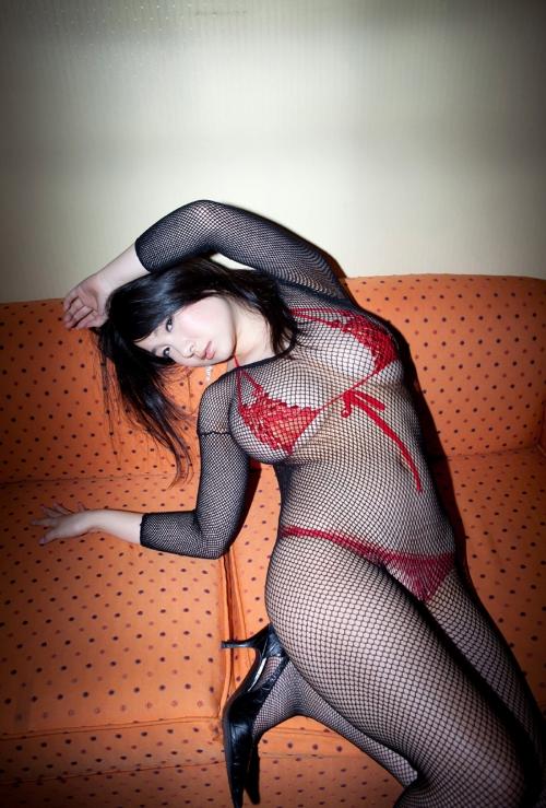 桐山瑠衣 グラビア 32