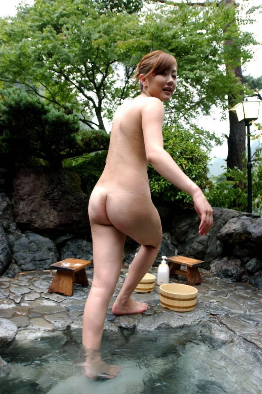 熟女混浴画像投稿掲示板 不倫相手と温泉旅行に行った時の記念写真 4