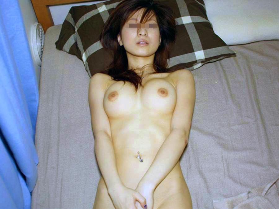 【素人】家庭内やラブホで撮られた素人女子の流出エロ画像 11