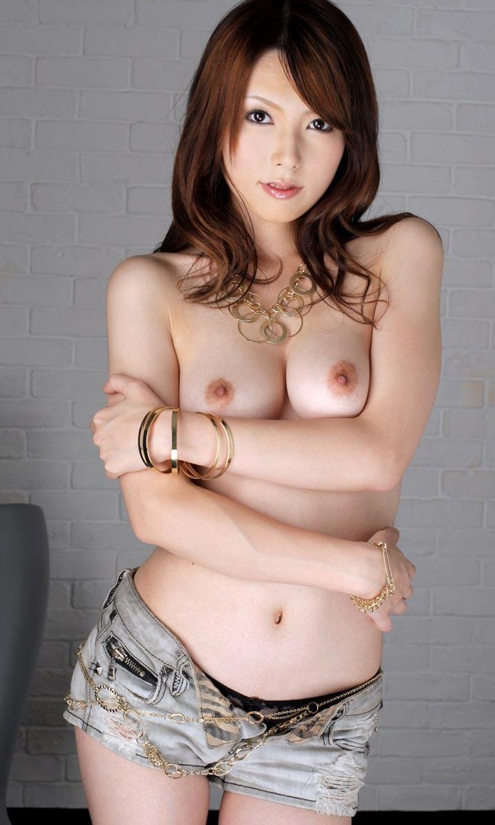AV女優の美巨乳画像 16